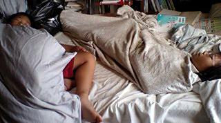 寝る甥っ子姪っ子